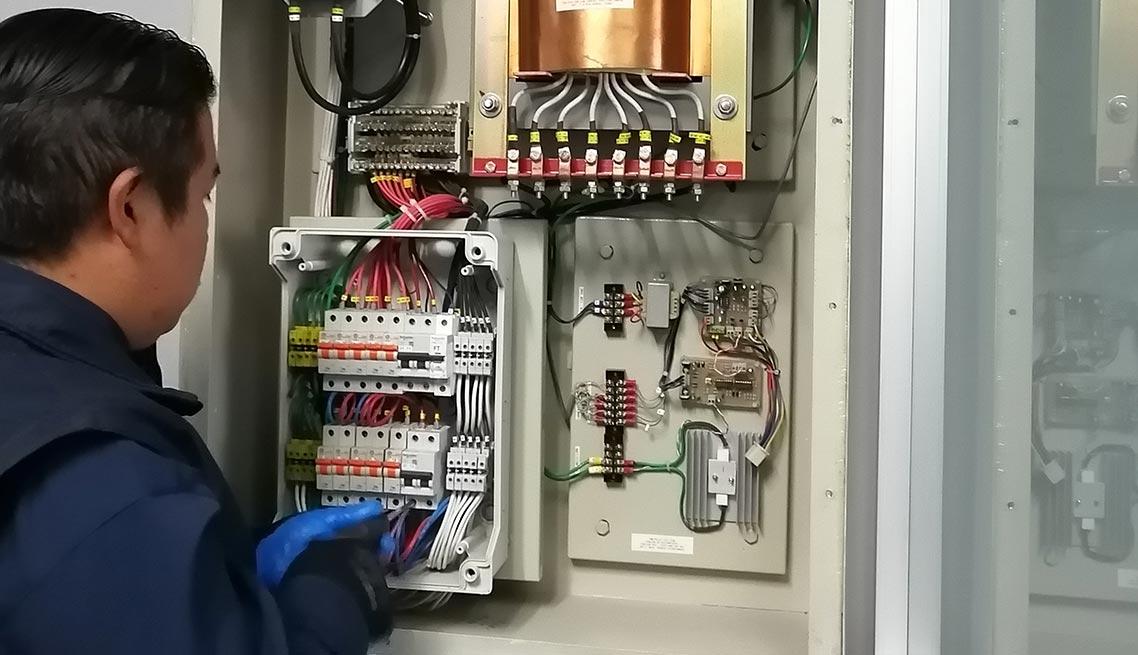 01-mantenimiento-tableros-electricos