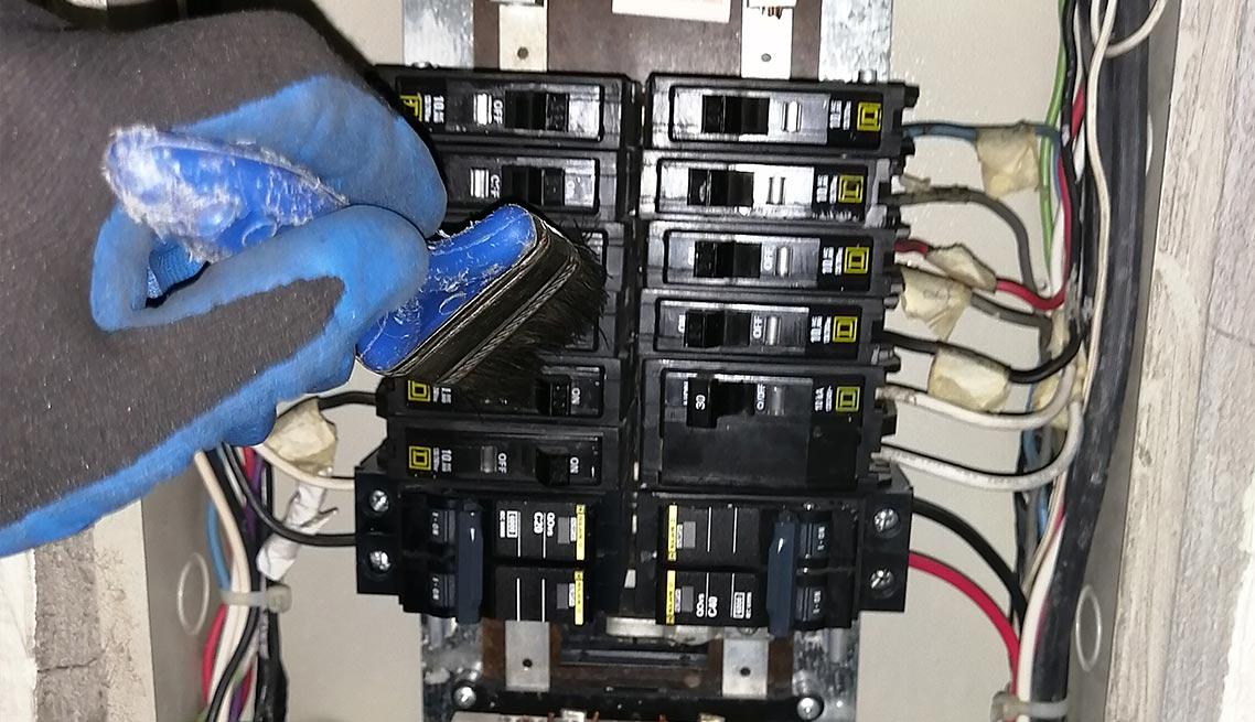 03-mantenimiento-tableros-electricos